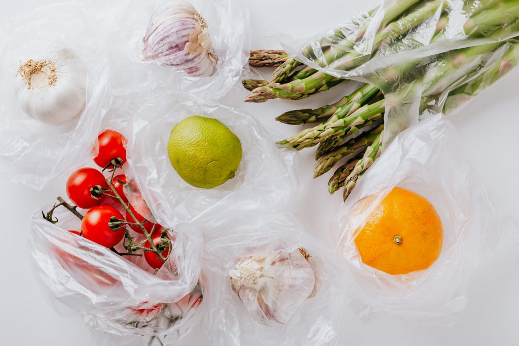 France to ban plastic packaging on fruit and vegetables by January 2022